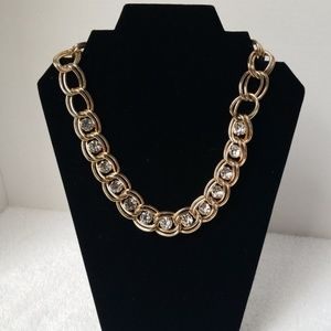 Chunky chain with crystals